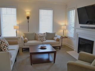 Standish House 3BR/2.5BA Executive Home (A) - Includes Bi-weekly Cleanings
