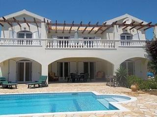 Villa Diana Spacious 5 bed Villa with Private Pool