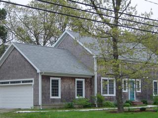 Conveniently located home in beautiful Orleans, Cape Cod - Available throughout the year