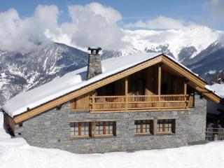 Luxury Chalet in Courchevel 2 min walk to Ski Lift, Saint-Bon-Tarentaise