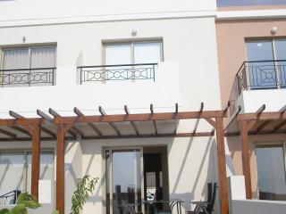 2 bedroom house with roof garden, Tala