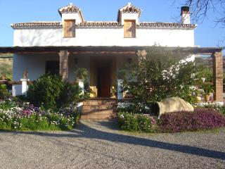 Romantic Farmhouse La Gavia, Pool-A/C-Jacuzzi, Álora