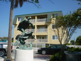 Oceanside Villa #305 (3rd floor), Isle of Palms