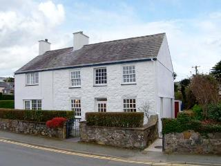 GLAN Y DON, semi-detached cottage, open fire, beachside location, ideal for fami