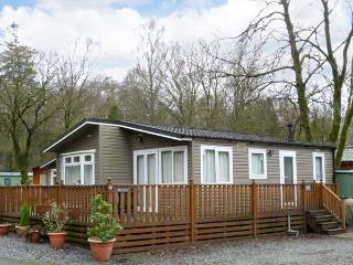 LANGDALE 6, single-storey lodge on site with swimming pool, in the Lake District, Ref. 904218