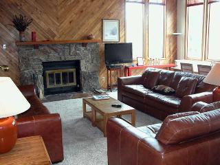 4-Bedroom Avon Townhouse w/ Private Garage & Sauna