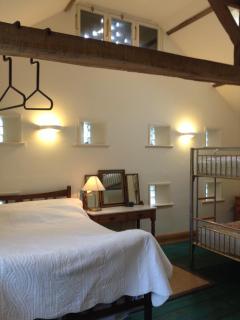 Bedroom - sleeps (4)