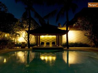 Villa 2 Bedroom Beach + Breakfast, Kuta