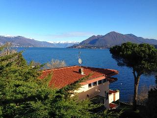 Villa with spectacular lakeview near Stresa!