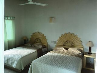 beds in Master brm