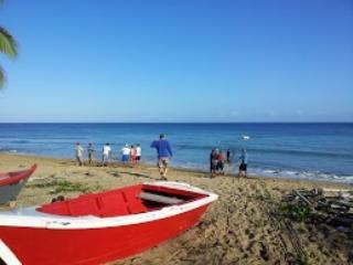 La Villa - Apt. #4 - Beachfront Villa, Aguada