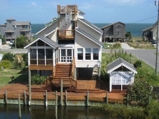 OC11: Art-Sea, Ocracoke