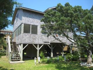 UT55: Blue Heaven, Ocracoke