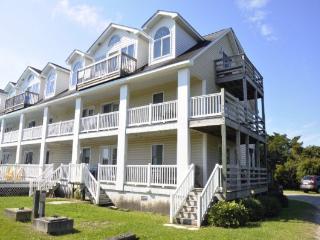 CR42: Sophie's Island Villa on Lighthouse Road - Villa 12, Ocracoke