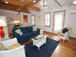 CV2A: Juniper 2A - One Bedroom Villa, Ocracoke