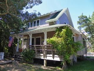 DC11: Wisteria Cottage, Ocracoke