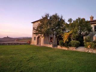 10318 - Villa Este, Pienza