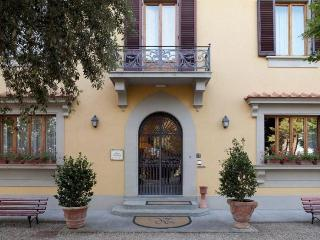 10407 - Bed and Breakfast, Lastra a Signa