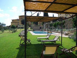 10828 - Country suite Mandorla, Fiesole