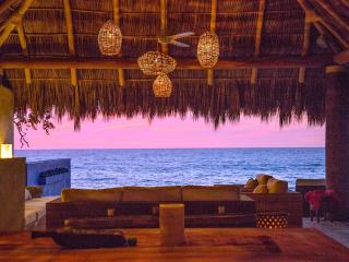 Ocean Front. 56 Ft Infinite Pool.cook. Private Paradise., Chacala