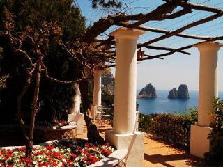 The Retreat, Capri
