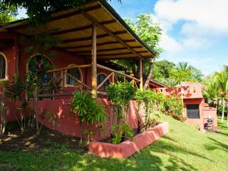 Tranquil and Private Guest House, Playa Conchal