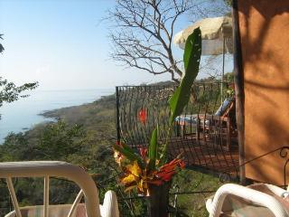 Montezuma heights, Colibri Cabin