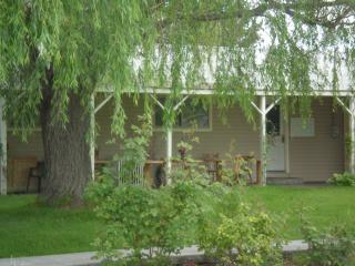 Country Home for families or small groups, Nampa