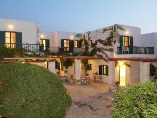 Secret Garden-Maisonette 4, Naoussa