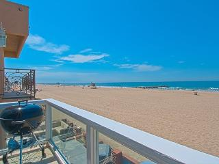 3703 B Seashore Drive- Upper 4 Bedroom 3 Baths, Newport Beach