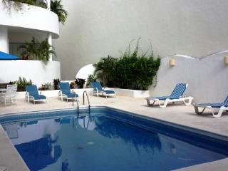Buen Agua -  large 4 bedroom, 4,5 bathroom condo!, Playa del Carmen