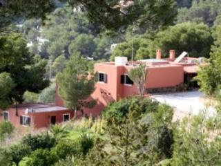 villa for rent , with pool in urbanization, Ibiza