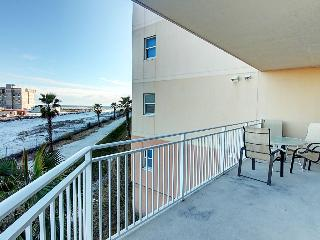 Waterscape 235A- 2BR-AVAIL8/3-8/10 $2860 -RealJOY Fun Pass- Huge Balcony, Fort Walton Beach