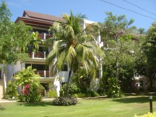 THE SANDS at Nai Harn Beach Phuket 2 bedroom apt.