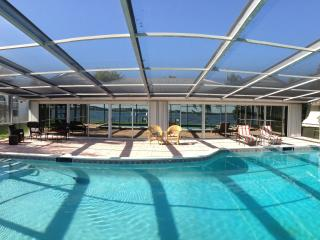 Casa Del Rio, Tropical Resort,River View,Pool&Dock