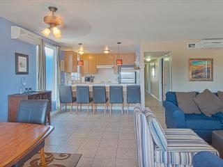 5206 B Neptune- Upper 4 Bedroom 2 Baths, Newport Beach