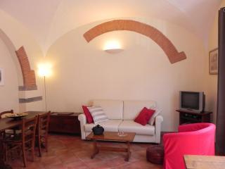 Tuscan House Rental in Florence Center Letizia Apartment, Florença