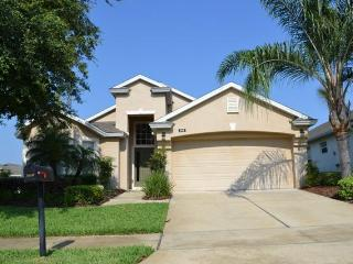 Victoria Villa - Beautiful 4 Bedroom Pool Home in WestHaven (HA01)