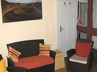 Vacation Apartment in Ediger - 431 sqft, central, historic, half-timbered house (# 4816), Ediger-Eller