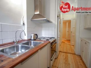 Charming Flat in Idyllic Area, Stockholm City Center - 5365