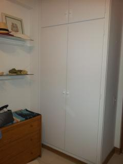 2nd bedroom - double bed and large closet