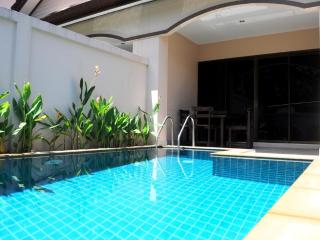 2 BR - Private pool villa in Naiharn-Rawai, Sao Hai