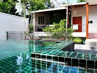 3 BR - Luxury pool villa with nice garden in Naiharn, Sao Hai