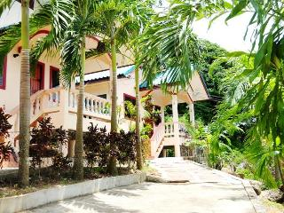 1 BR - Bungalows close to Naiharn beach, Sao Hai