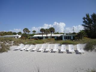 Beachfront Longboat Key Studio #1