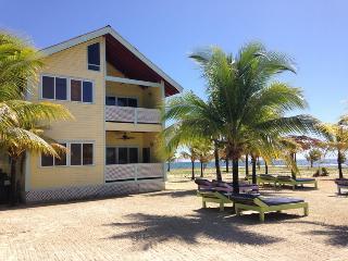 Beachfront Villas Roatan Bay Islands, Honduras