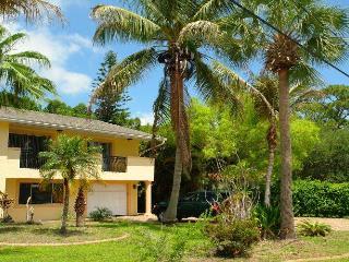 BeachTropical, Fort Myers Beach