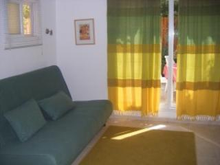 Conveniently located Studio Apartment in East Raanana near Achuza
