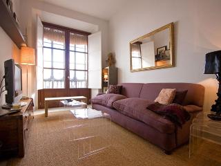 Toreador Apartment Seville Old Town Luxury and Comfort 5 pax