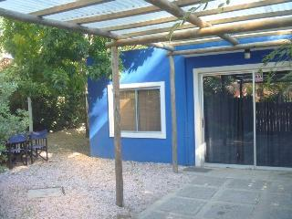 House one room 320 ft. from the beach La Barra